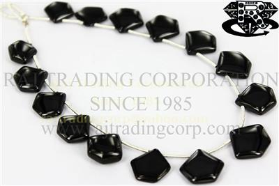 Black Spinel Smooth Pentagon (Quality AAA)